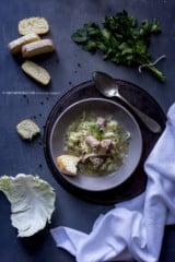 minestra-di-cavolo-e-salsiccia-alla-piemontese-primo-ricetta-contemporaneo-food