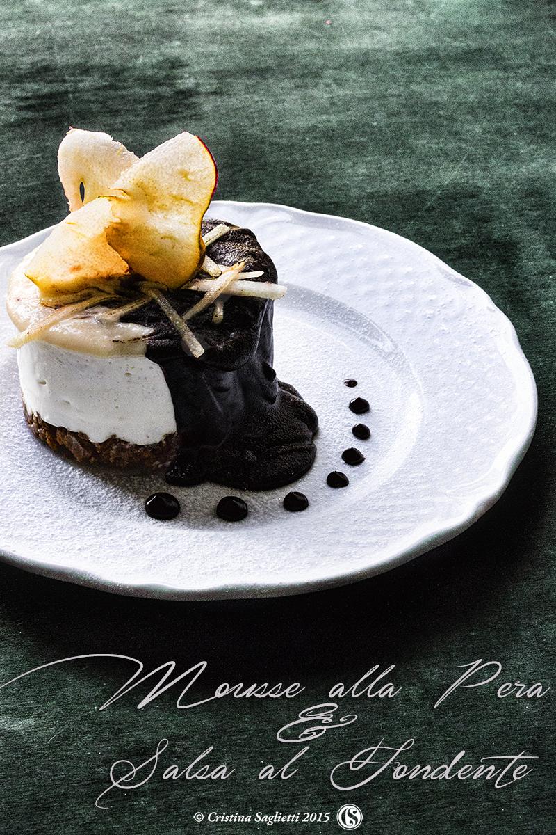 mousse-alla-pera-speculos-salsa-cioccolato-fondente-1-contemporaneo-food