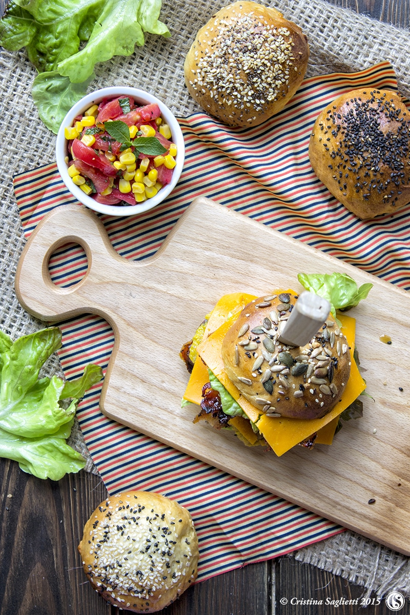 hamburger-di-carne-secondo-di-carne-ricetta-veloce-contemporaneo-food