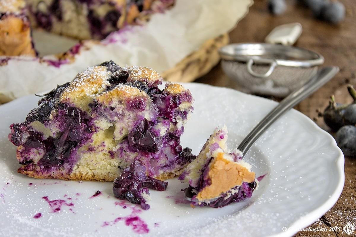 torta-con-uva-fragola-e-olio-extravergine-oliva-contemporaneo-food