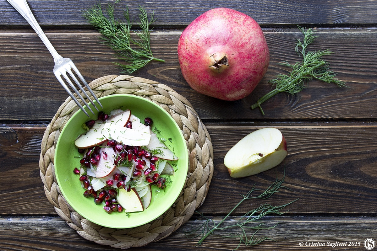 finocchi-in-insalata-con-melograno-mela-contorni-contorno-contemporaneo-food