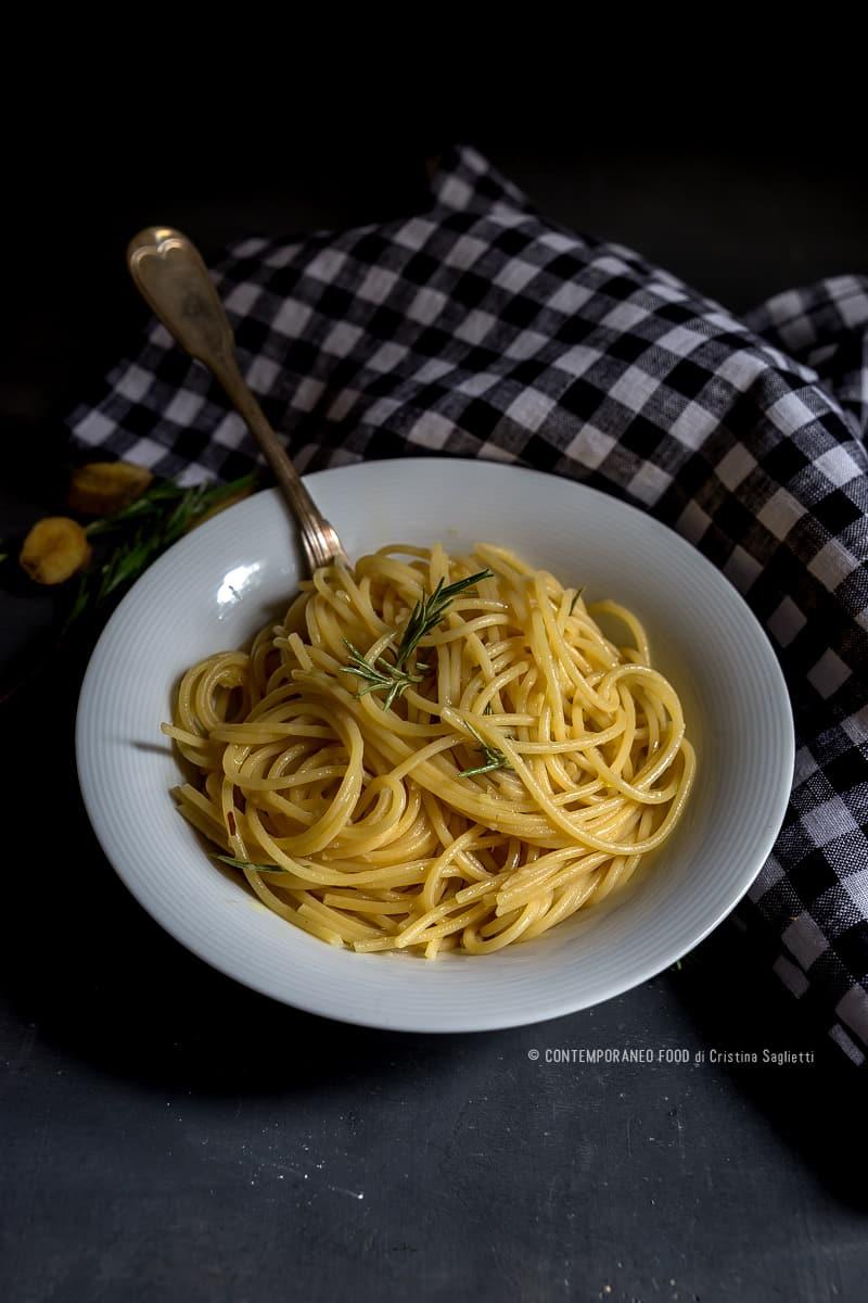 spaghetti-aglio-olio-zenzero-1-ricetta-last-minute-facile-veloce-primi-contemporaneo-food
