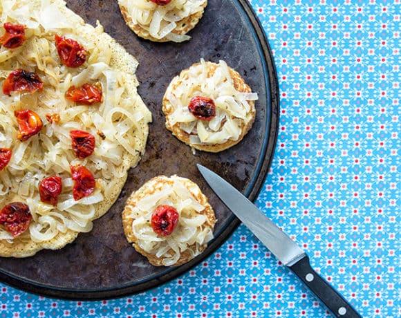 socca-farinata-cipolle-1-contemporaneo-food
