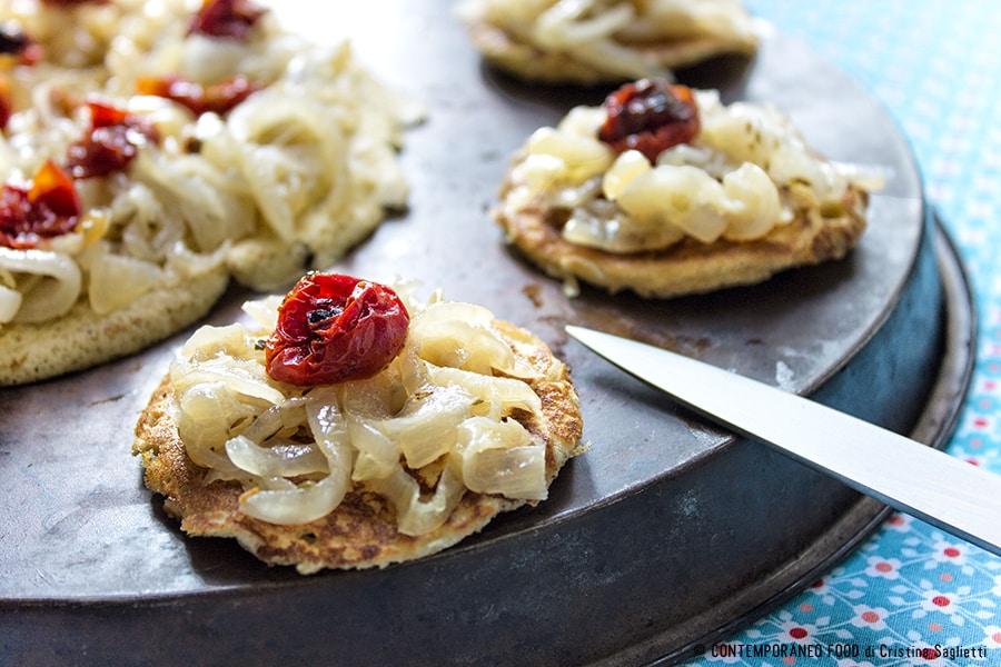socca-farinata-cipolle-ricetta-facile-contemporaneo-food