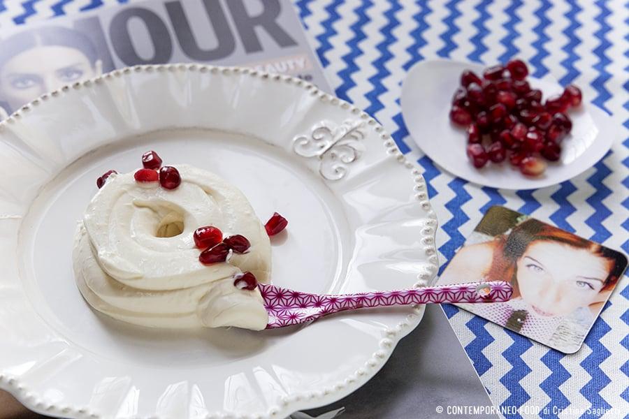 mousse-allo-yogurt-melograno-ricetta light-contemporaneo-food
