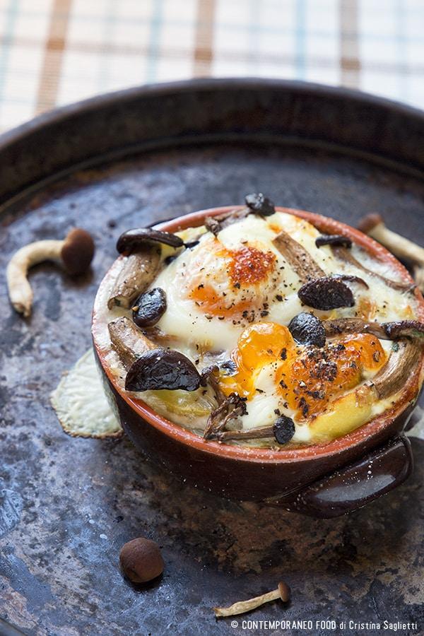 uova-in-cocotte-con-funghi-ricetta-light-per-la-dieta-ricetta-per-la-dieta-light-contemporaneo-food