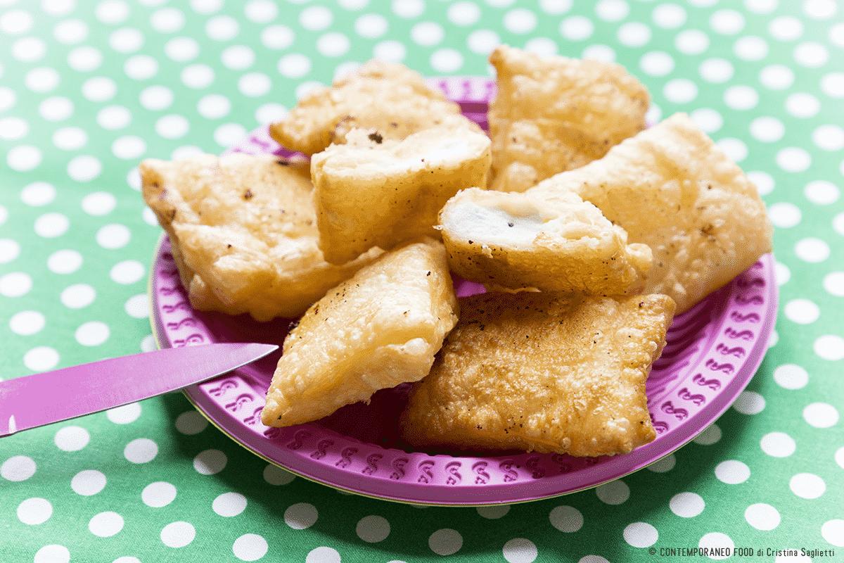 sfoglia-fritta-ripiena-ricetta-last-minute-facile-antipasti-contemporaneo-food