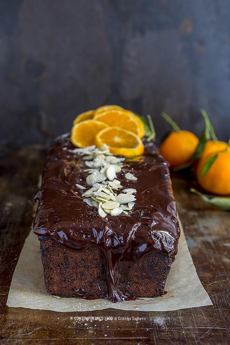plumcake-profumo-di-clementine-lamelle-di-mandorla-glassa-cioccolato-dolce-ricetta-facile-natale-contemporaneo-food