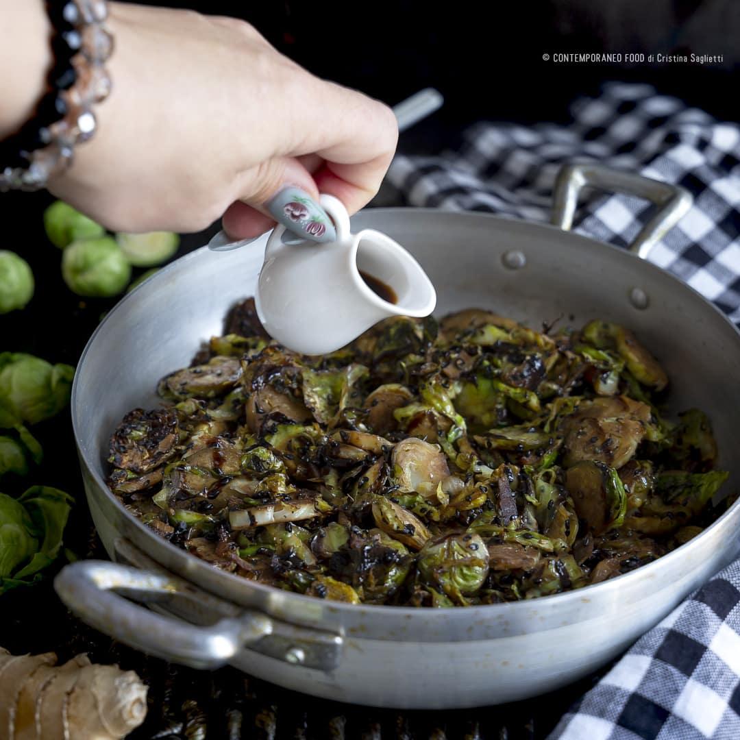 cavolini-di-bruxelles-con-zenzero-sesamo-nero-salsa-di-soia-1b-verdure-contorni-ricetta-light-contemporaneo-food