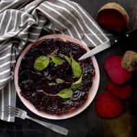 tarte-tatin-di-barbabietola-rossa-ricetta-facile-vegetariana-contemporaneo-food