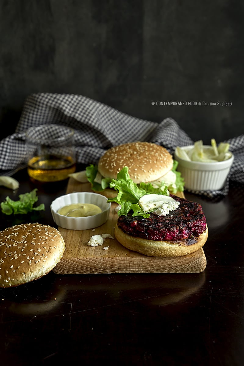 hamburger-veggie-barbabietola-veloce-ricetta-facile-vegetariana-contemporaneo-food