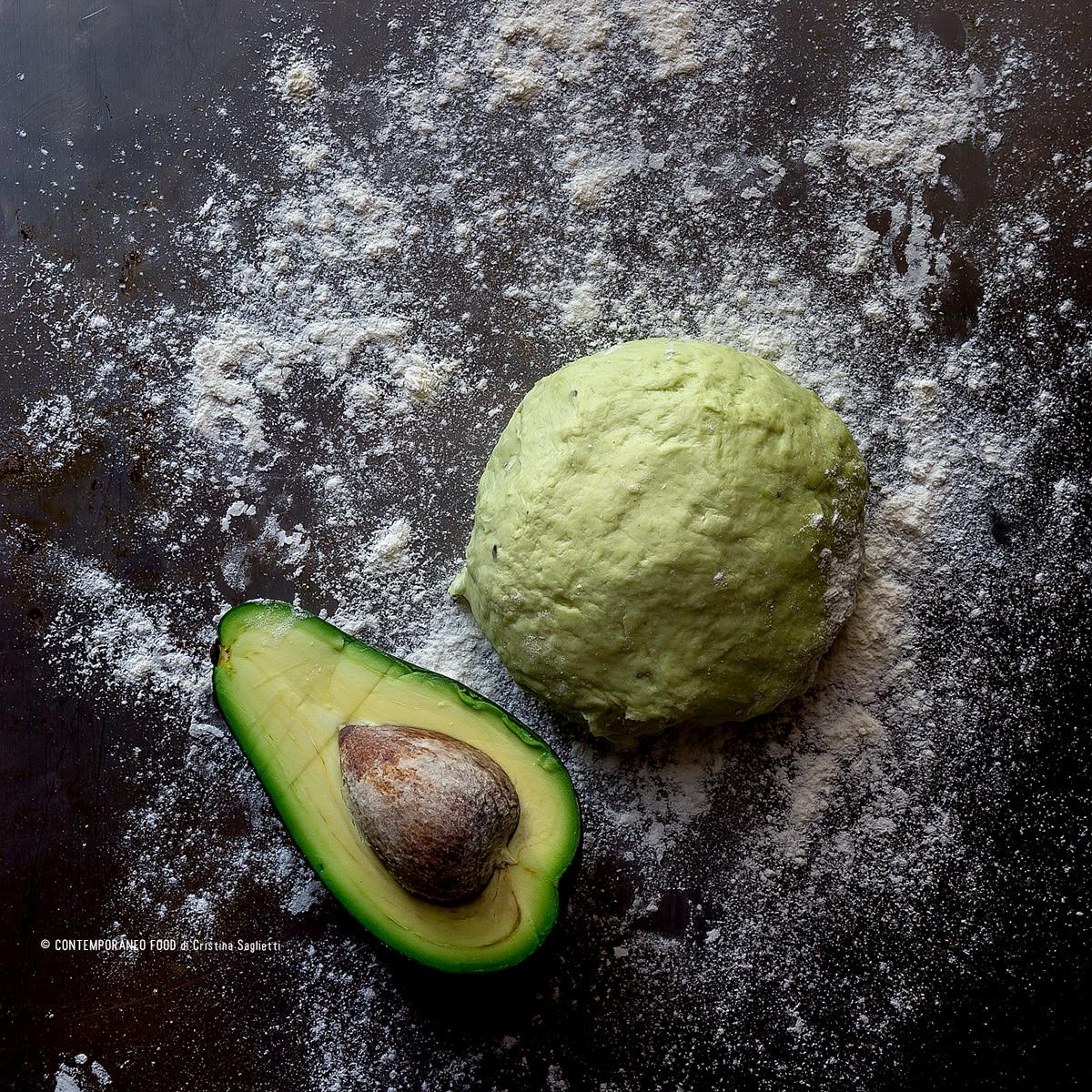 pasta-brisè-di-avocado-ricetta-healthy-food-ricetta-facile-contemporaneo-food