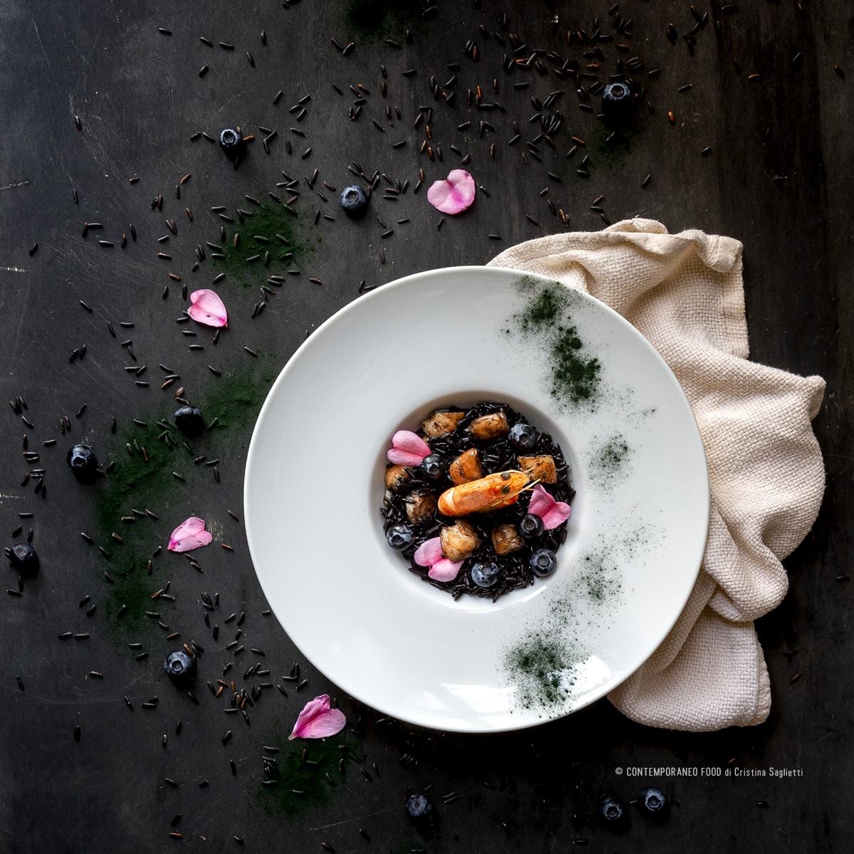 riso-artemide-alla-spirulina-mazzancolle-mirtilli-superfood-ricetta-facile-primi-contemporaneofood