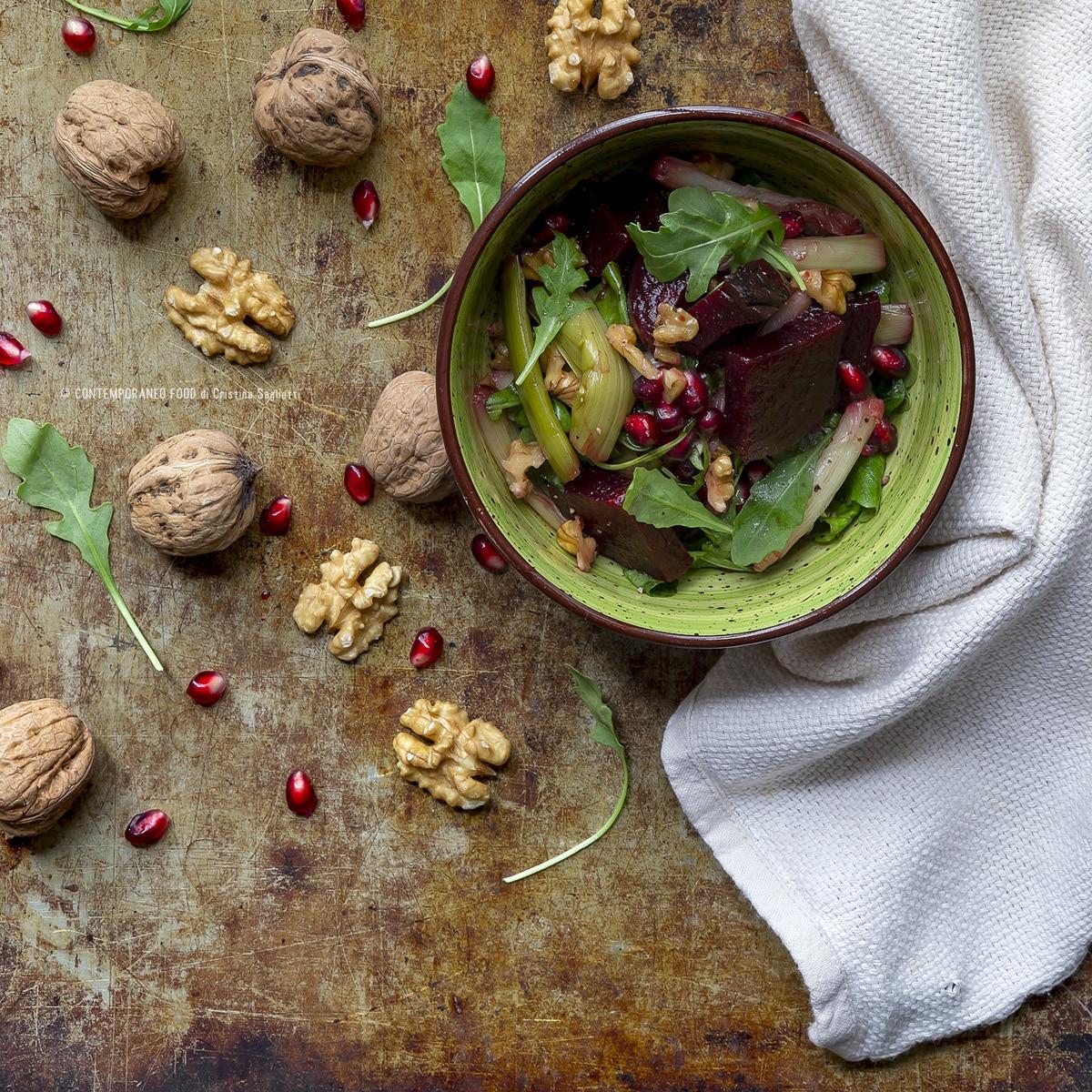 contorni-barbabietola-rossa-in-insalata-noci-porri-melograno-ricetta-light-2-contemporaneo-food