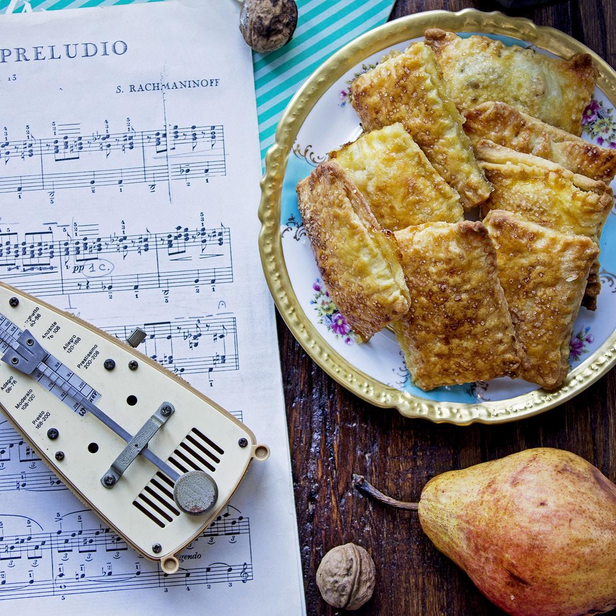 biscotti-petit-beurre-alla-marmellata-di-mele-noci-cognac-1-contemporaneo-food