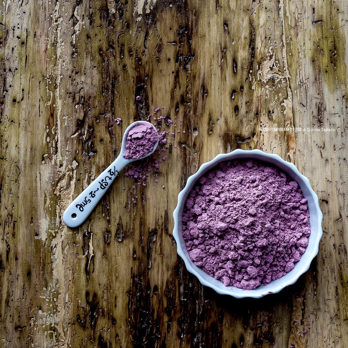 materie-prime-polvere-bacche-di-acai-benefici-proprietà-1-contemporaneo-food-healthy-food