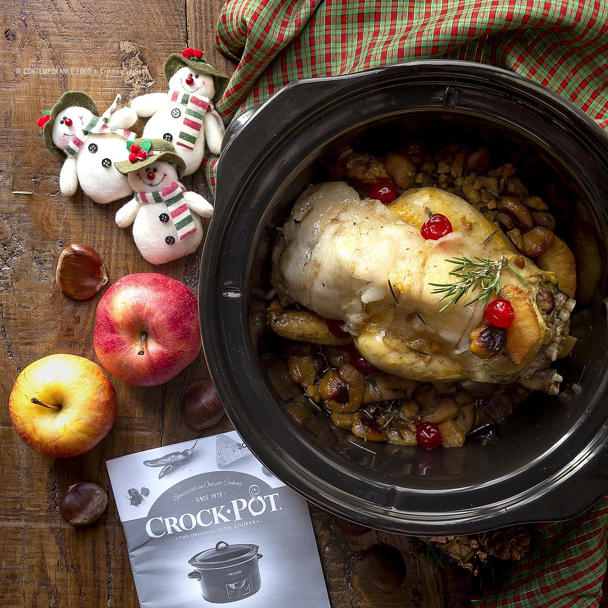 crock-pot-contemporaneo-food-faraona-ripiena-mele-castagne-ricetta-natale-influencer-torino