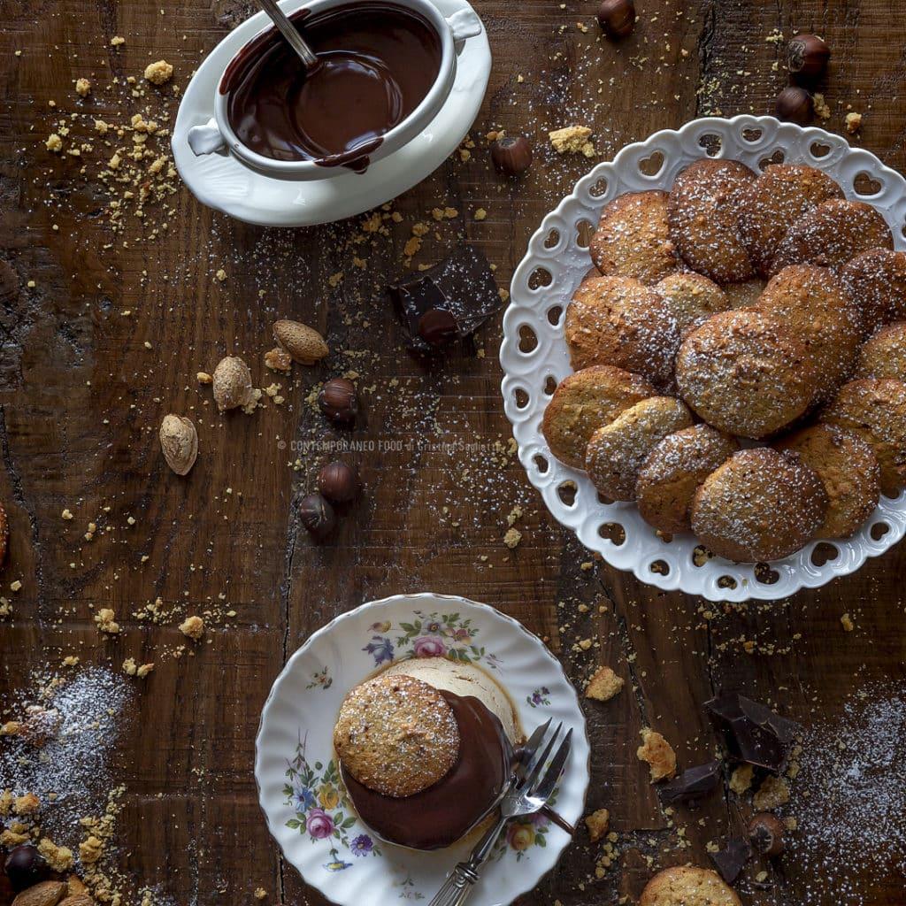 bavarese-al-caffè-con-biscotti-nocciole-e-mandorle-e-ganache-fondente-liquore-caffé-dessert-san-valentino-contemporaneo-food