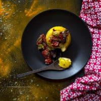 sformato-di-ricotta-e-robiola-pomodorini-secchi-curcuma-limone-ricetta-formaggio-facile-antipasto-contemporaneo-food