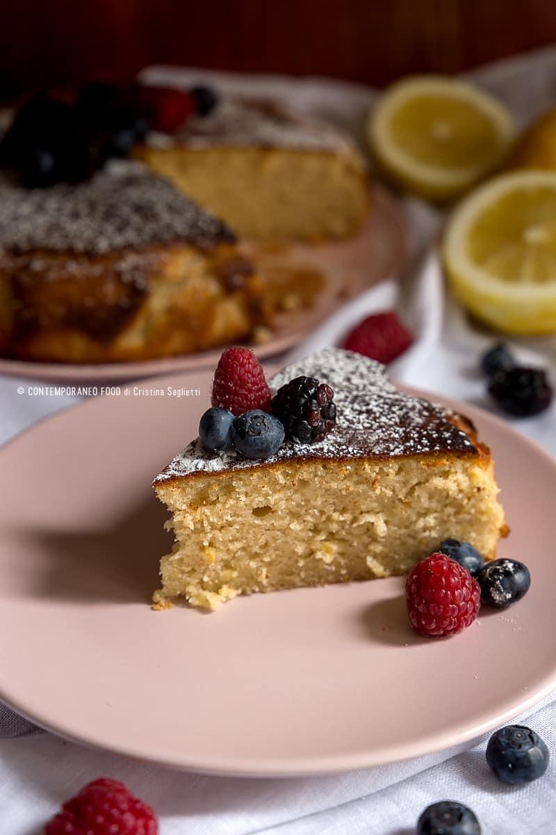 torta-al-limone-e-olio-d'oliva-con-farina-di-farro-ricetta-facile-contemporaneo-food
