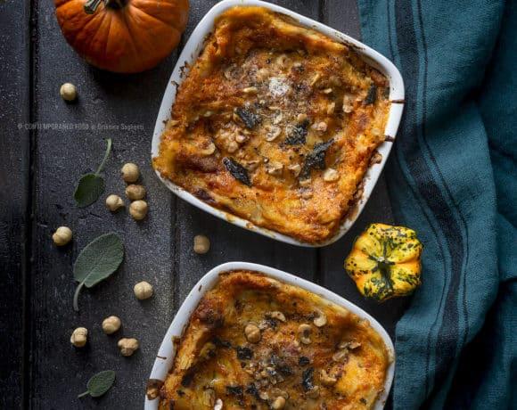 lasagne-crema-di-zucca-burro-bruno-alla-salvia-nocciole-tostate-ricetta-primo-piatto-vegetariano-facile-contemporaneo-food