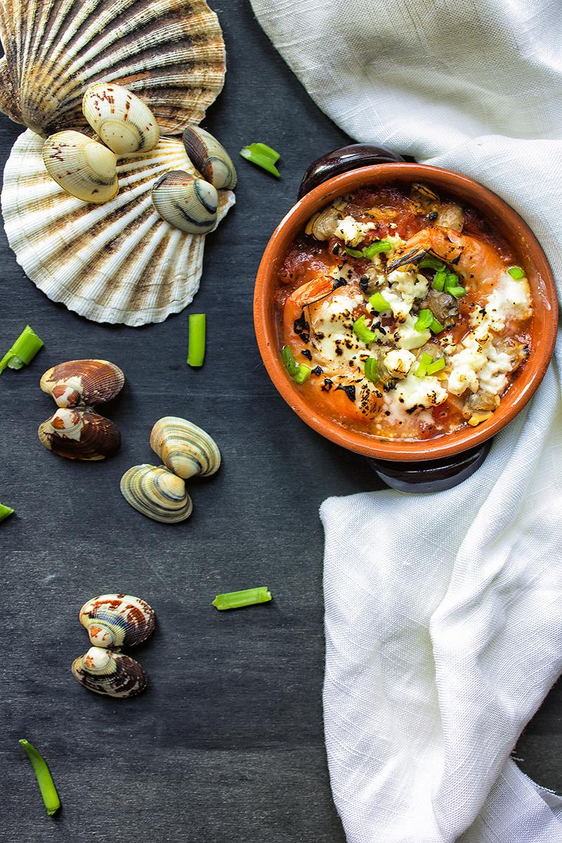 frutti-di-mare-in zuppetta-con-pomodorini-e-feta-5-contemporaneo-food
