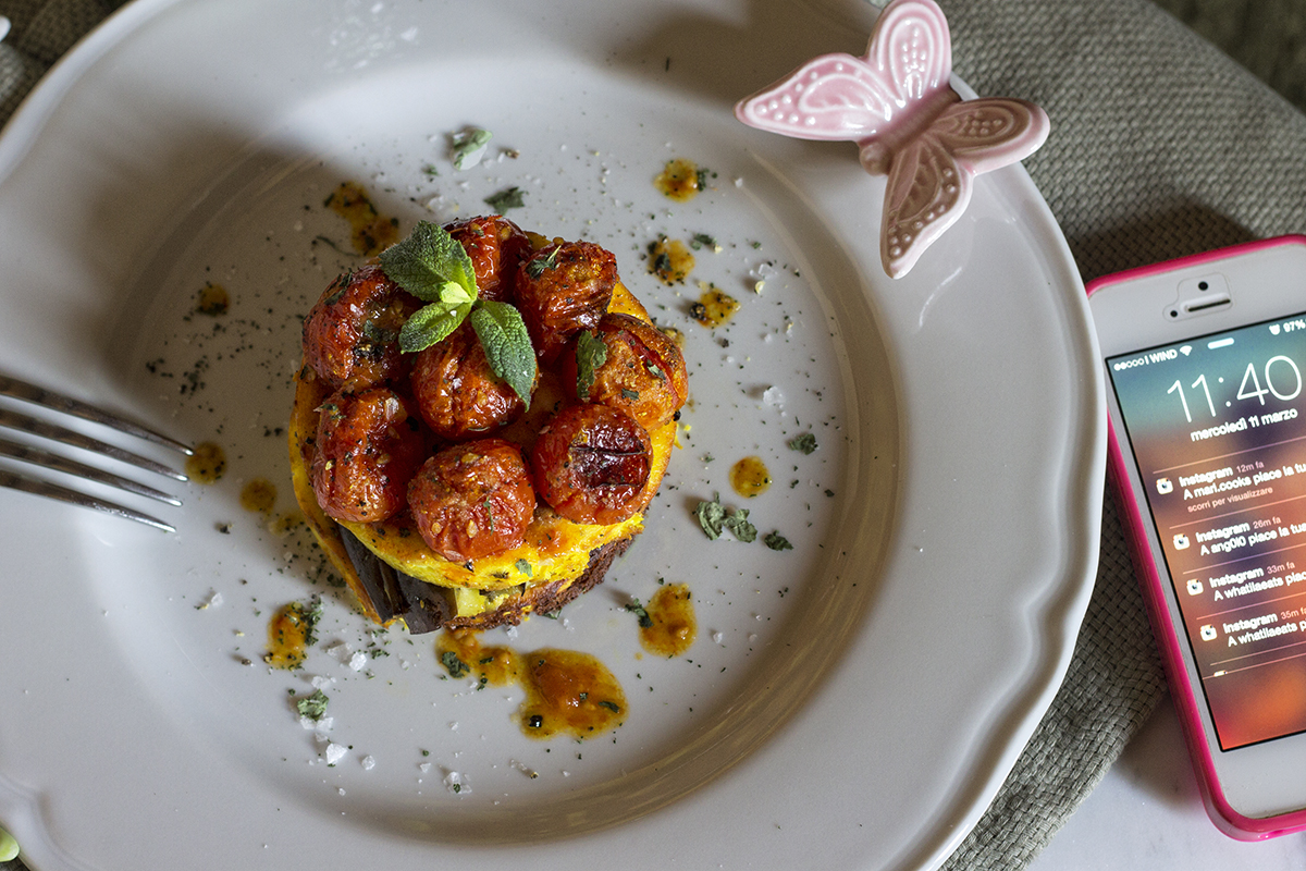 ricotta-al-forno-pomodorini-confit-melanzana-3-contemporaneo-food