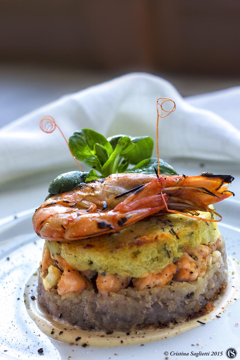 tortino-patate-vitellotte-salmone-gamberetti-2aa-contemporaneo-food