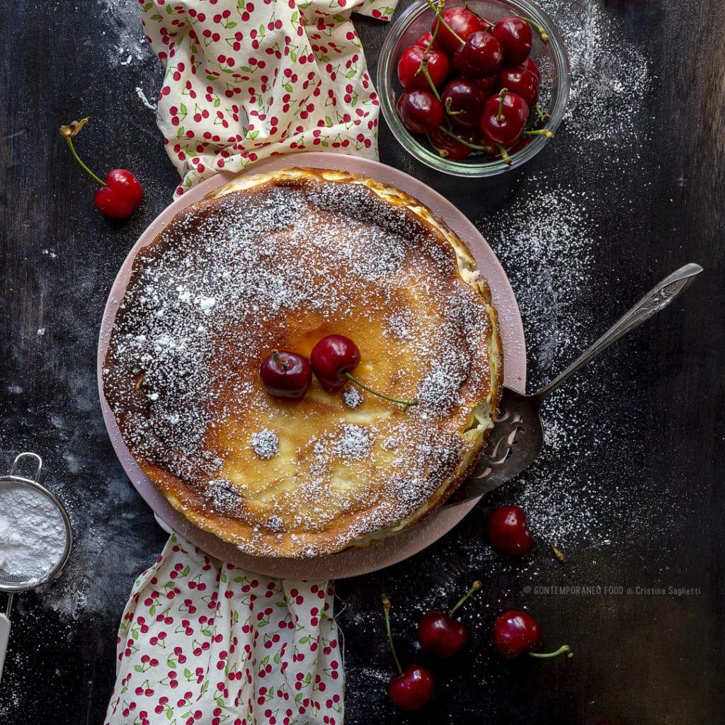 torta-alle-ciliegie-bicolore-cioccolato-ricetta-dolce-yogurt-rum-contemporaneo-food