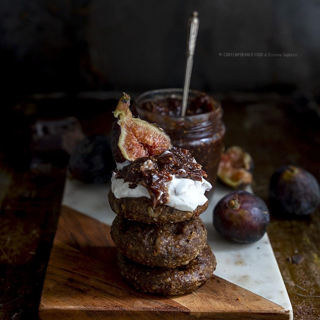 confettura-di-fichi-neri-cioccolato-ricetta-facile-veloce-dolce-autunno-merenda-colazione-contemporaneo-food