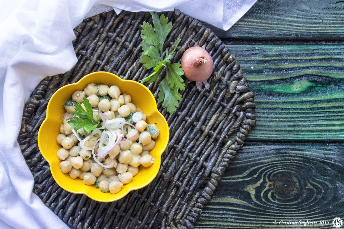 insalata-ceci-verdure-contorno-ricetta-facile-contemporaneo-food