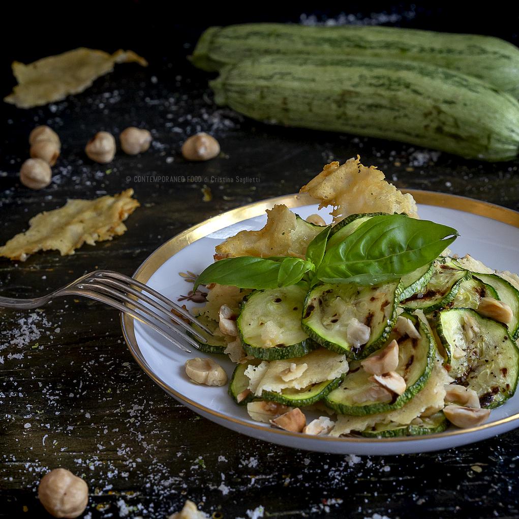 zucchine-in-insalata-grana-nocciole-tostate-ricetta-light-ricetta-light-facile-vegetariana-contemporaneo-food