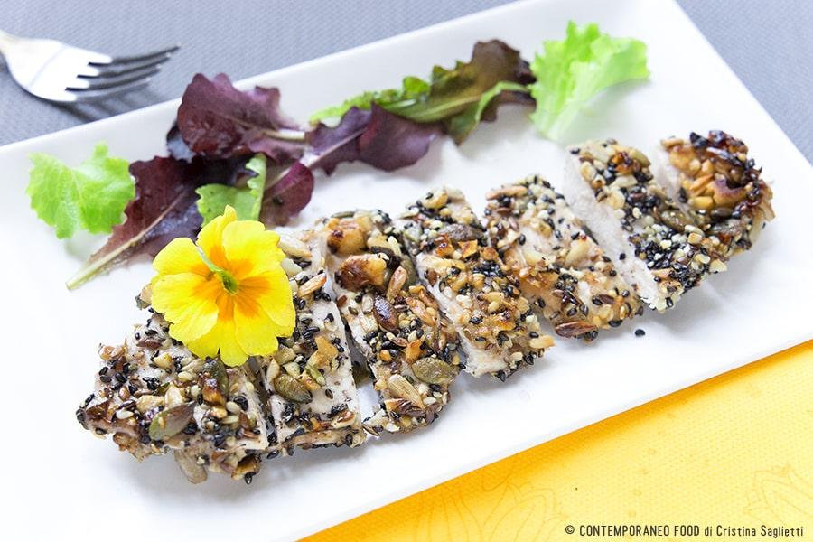 pollo-impanato-con frutta-secca-ricetta-facile-contemporaneo-food