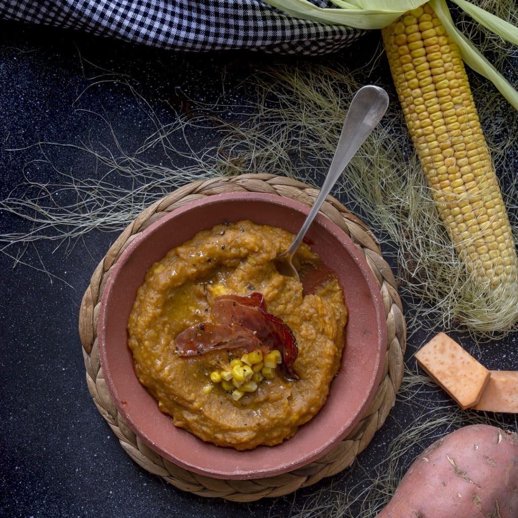 crema-di-mais-patate-dolci-speck-ricetta-facile-primo-piatto-cucina-vegetariana-contemporaneo-food