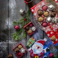 tartufi-di-cioccolato-ricetta-facile-regali-di-natale-handmade-gourmet-veloce-contemporaneo-food