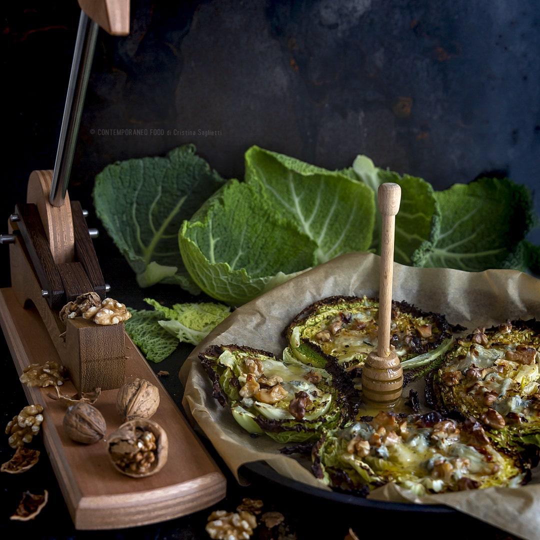 cavolo-verza-al-forno-con-gorgonzola-miele-noci-ricetta-vegetariana-facile-veloce-contemporaneo-food