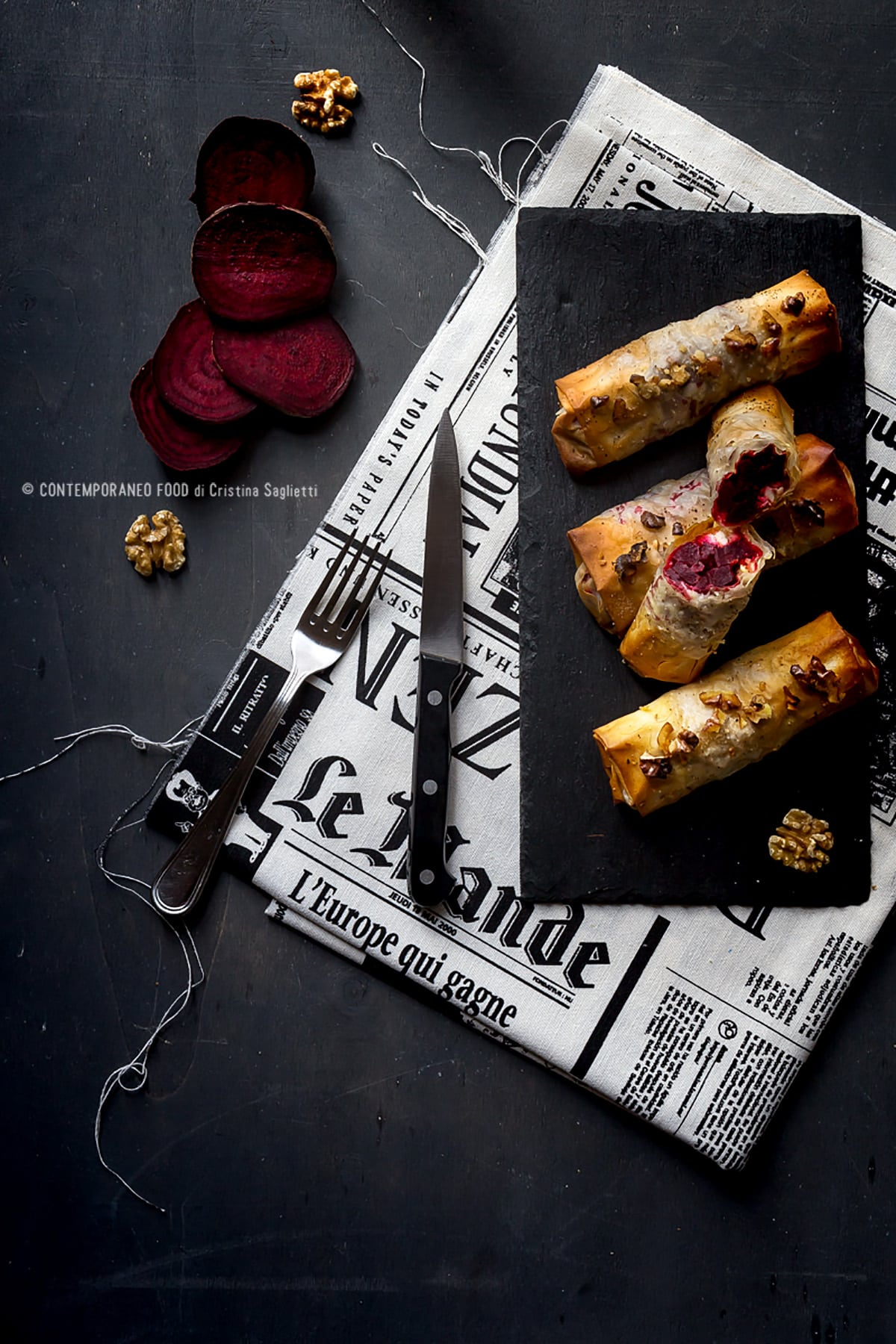 fagottini-di-pasta-phillo-barbabietola-feta-greca-noci-ricetta-facile-veloce-contemporaneo-food