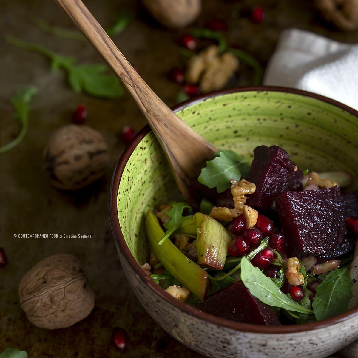 barbabietola-rossa-in-insalata-noci-porri-melograno-ricetta-light-facile-dieta-contemporaneo-food