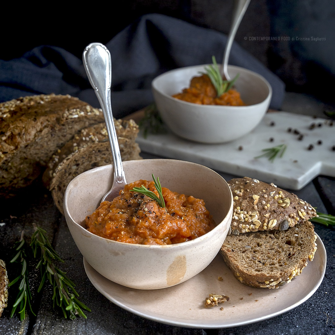 zuppa-di-fagioli-borlotti-e-pane-raffermo-ricetta-veloce-facile-primo-piatto-ricetta-vegetariana-contemporaneo-food