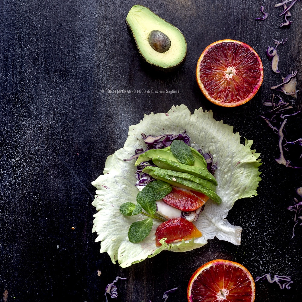 involtini-di-insalata-con-avocado-stracchino-arancia-cavolo-rosso-ricetta-light-superfood-contemporaneo-food