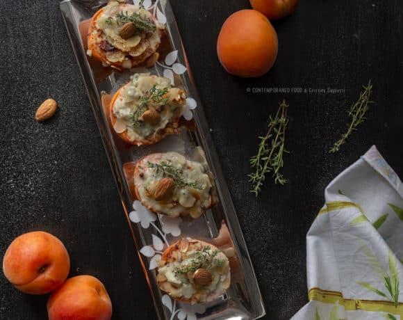 albicocche-gratinate-gorgonzola-mandorle-antipasto-ricetta-facile-veloce-piatti-estivi-frutta-contemporaneo-food