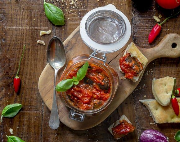 melanzane-piccantine-ai-due-pomodori-verdure-ricetta-facile-veloce-antipasto-contemporanaeo-food