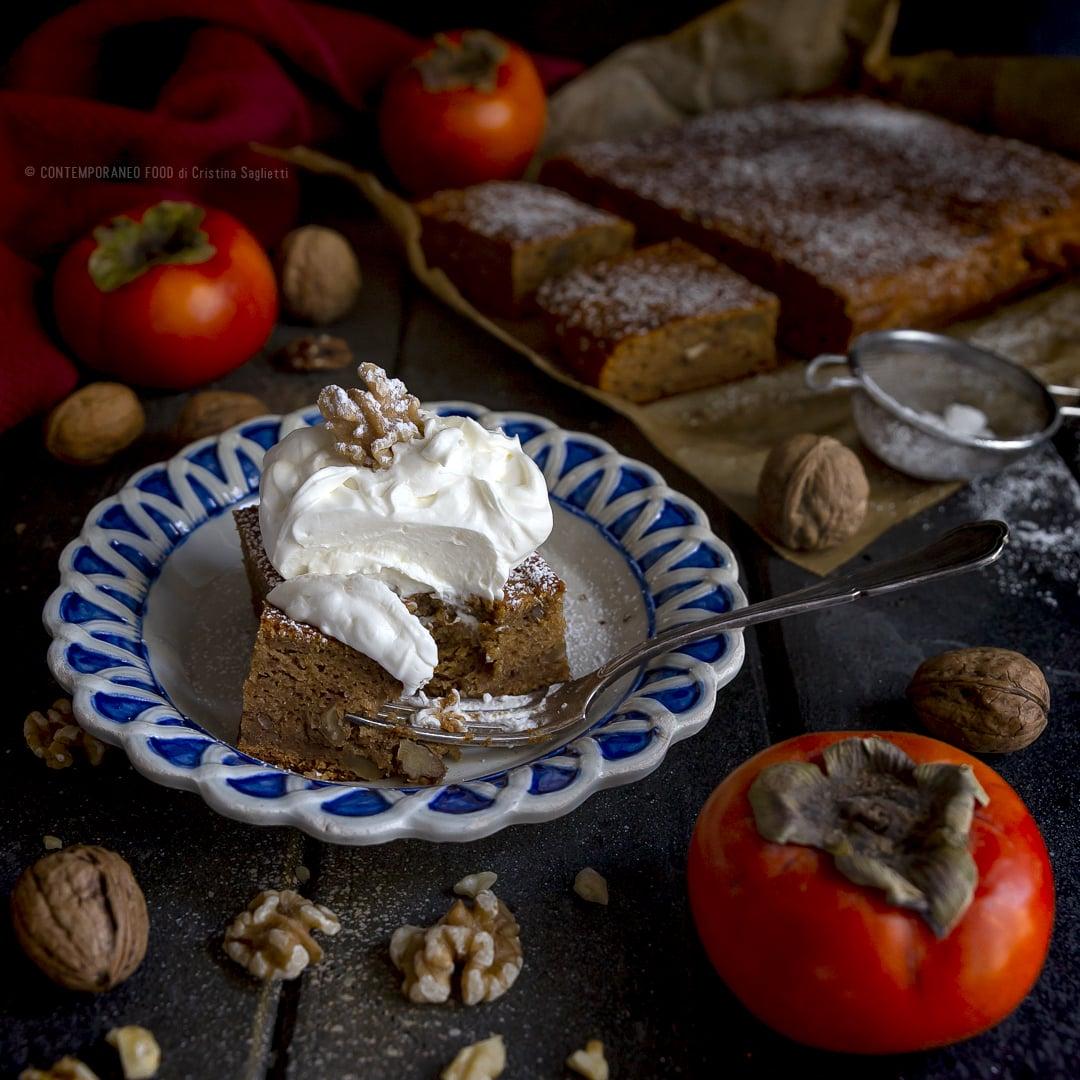 pudding-di-cachi-e-noci-con-panna-alla-vaniglia-dolce-facile-merenda-torta-facile-contemporaneo-food