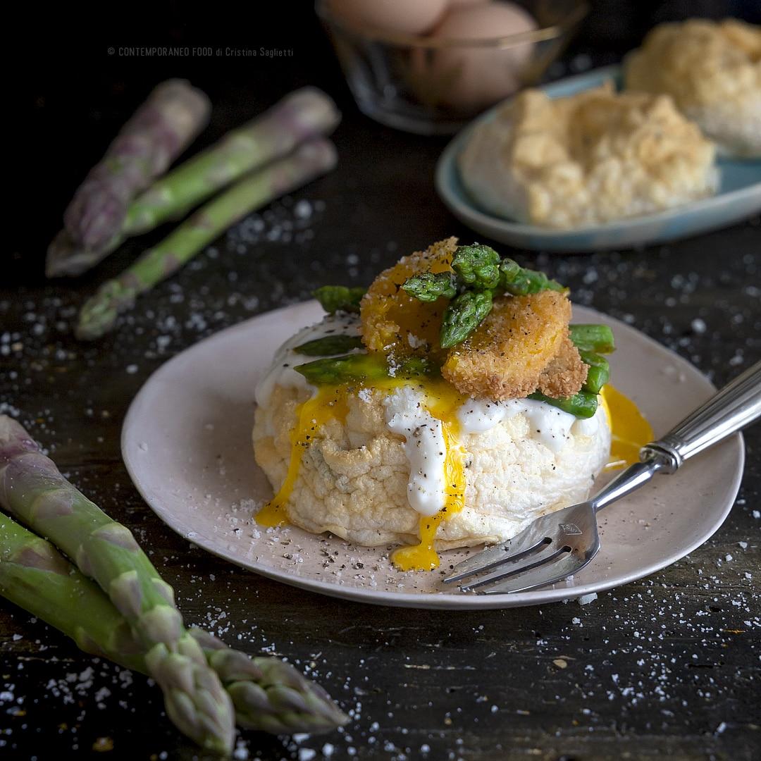 asparagi-su-uovo-nuvola-crema-di-formaggio-tuorlo-fritto-ricetta-vegetariana-facile-antipasto-pasqua-contemporaneo-food