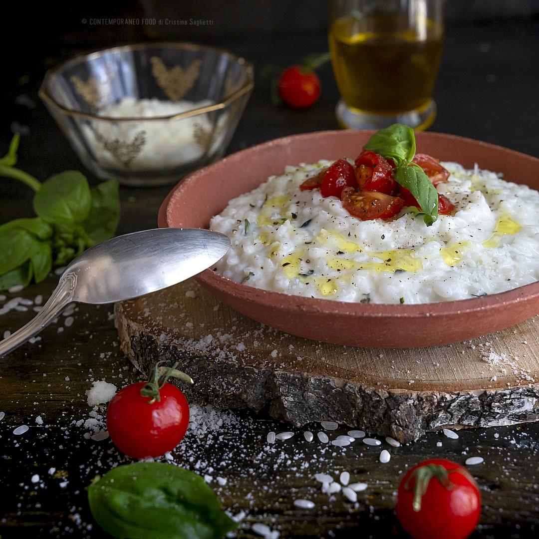 risotto-al-basilico-e-cremoso-al-formaggio-ricetta-primo-facile-veloce-vegetariano-contemporaneo-food