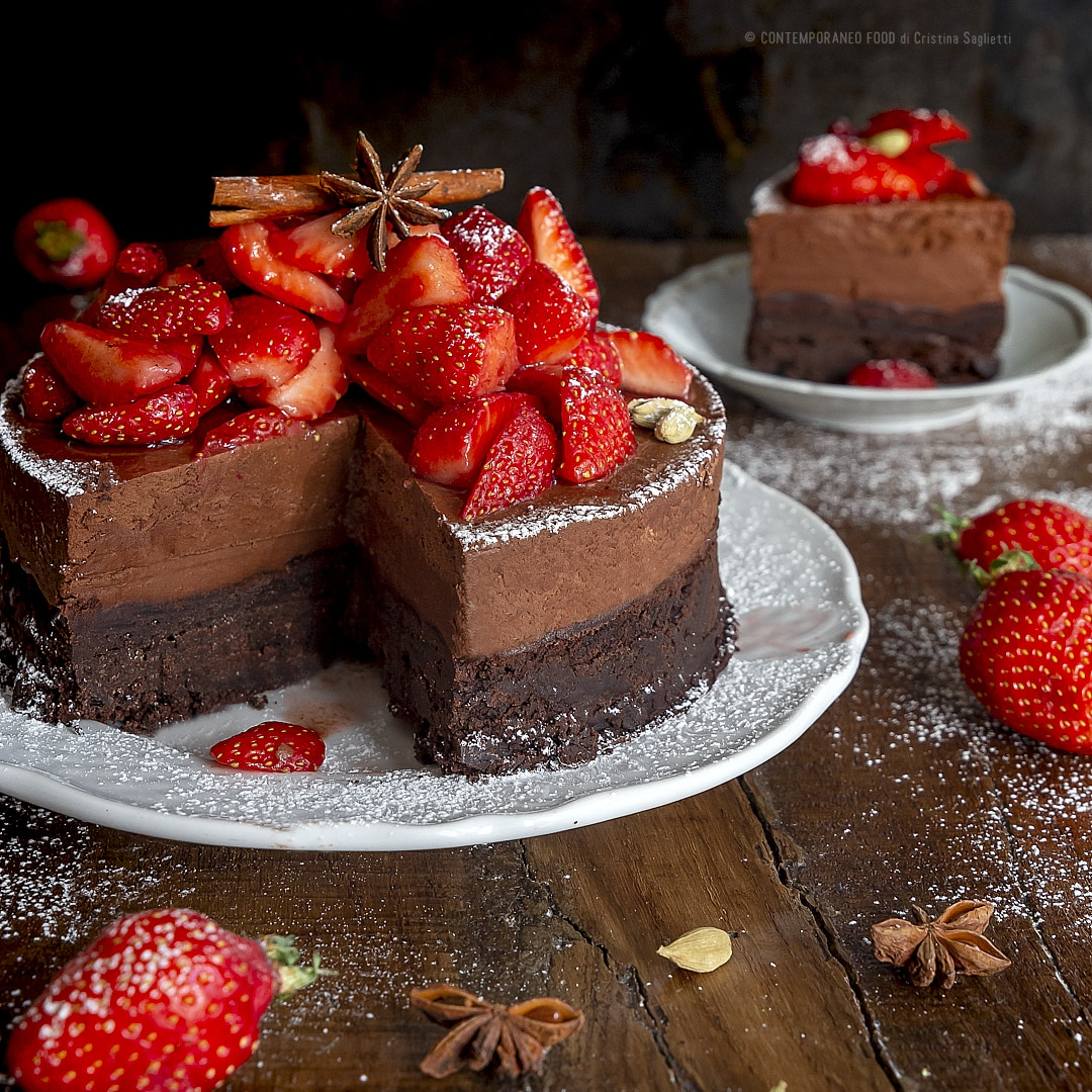 torta-mousse-al-cioccolato-fondente-con-brownie-ricetta-dolce-facile-contemporaneo-food