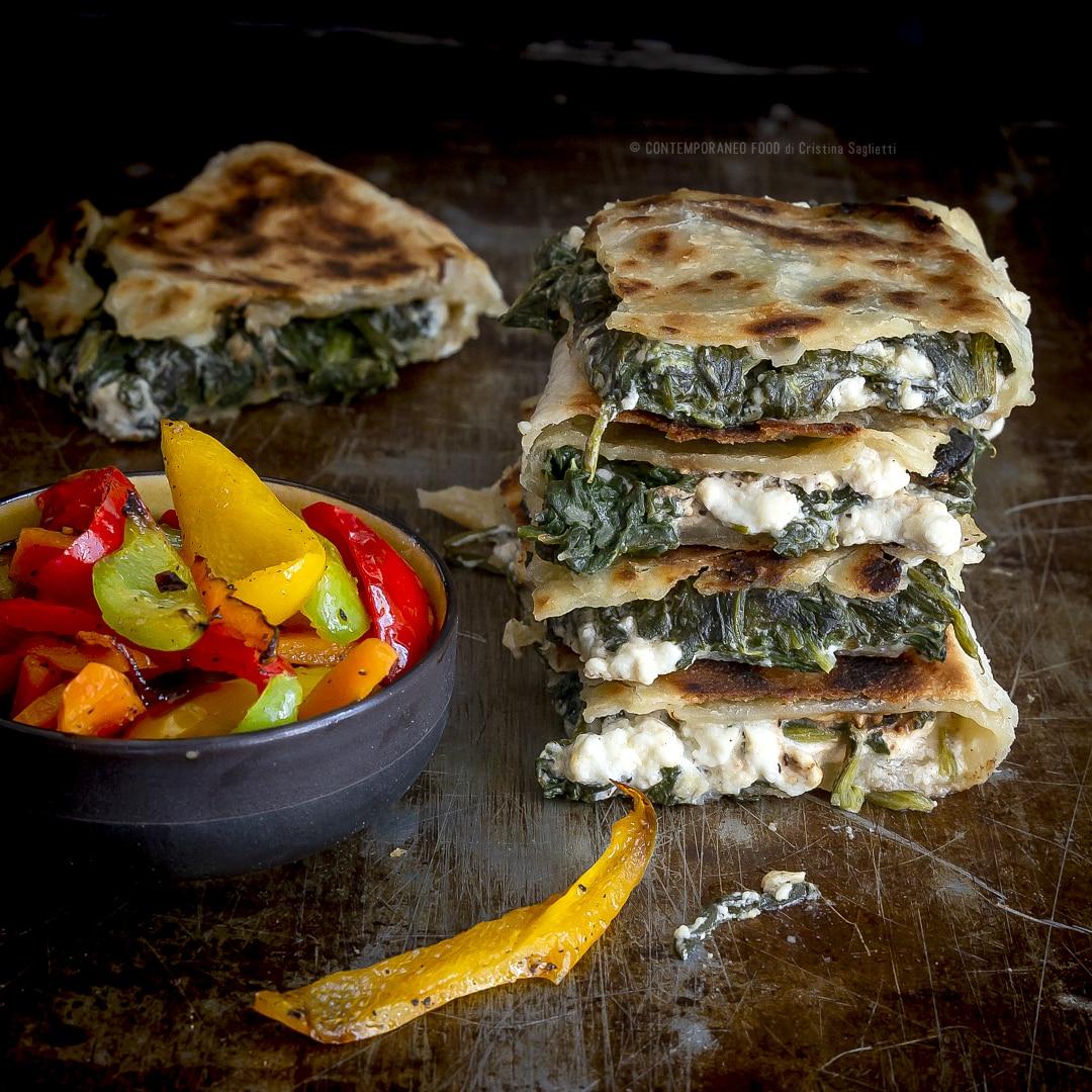 gozmele-pane-turco-ripieno-ricetta-ricetta-facile-veloce-contemporaneo-food