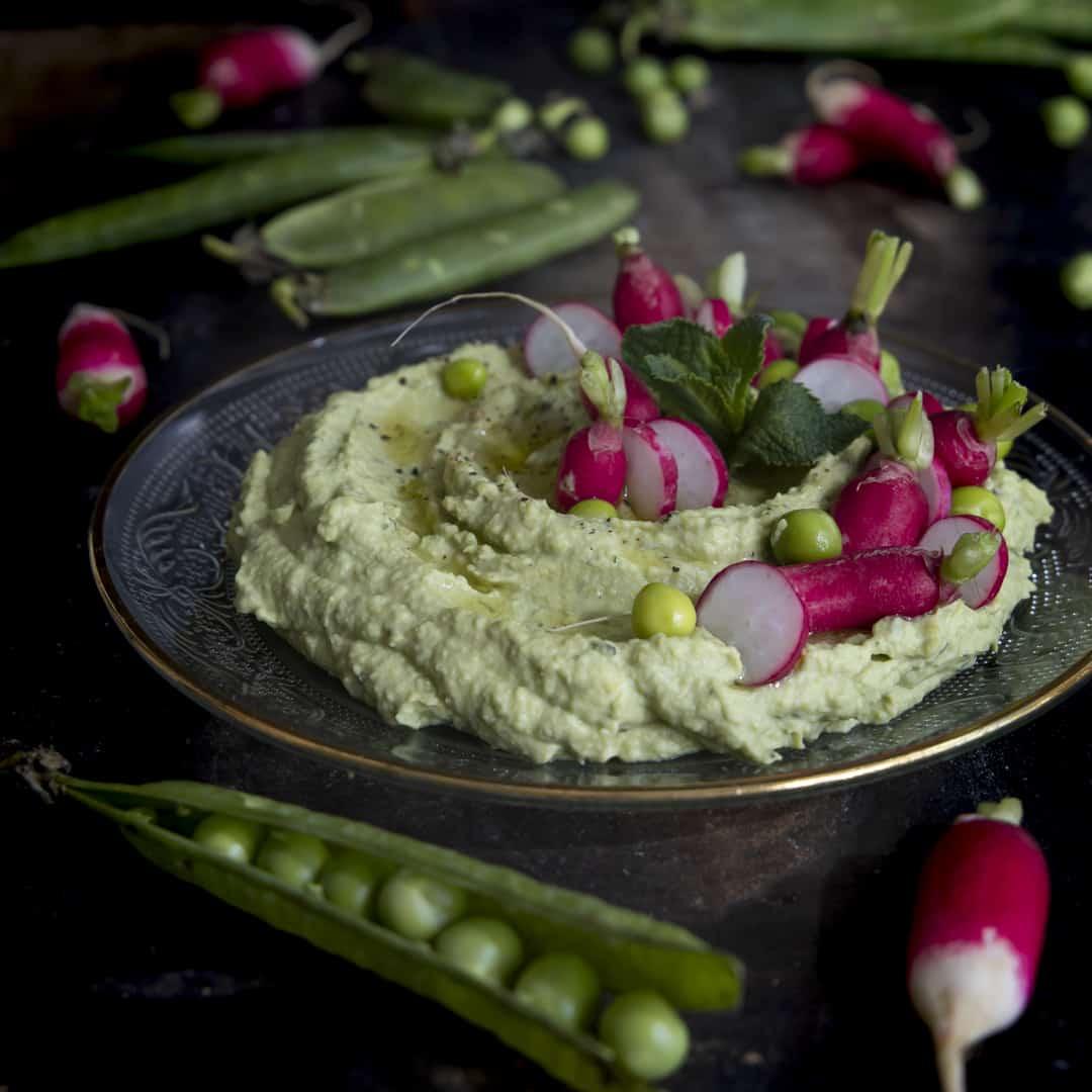 hummus-piselli-menta-ricetta-facile-antipasto-facile-veloce-vegetariano-contemporaneo-food