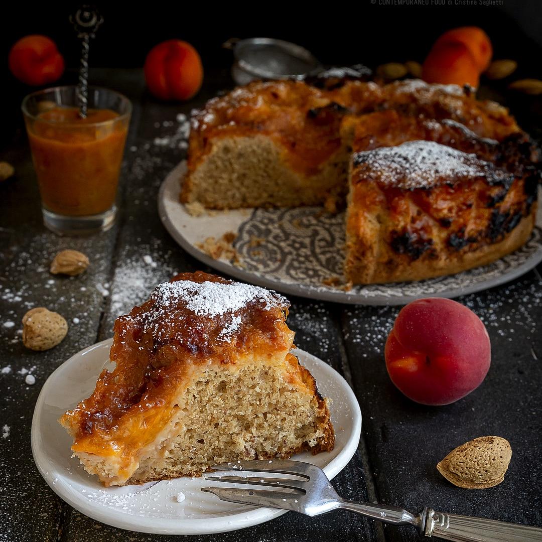 torta-soffice-alle-albicocche-e-mandore-ricetta-merenda-facile-contemporaneo-food