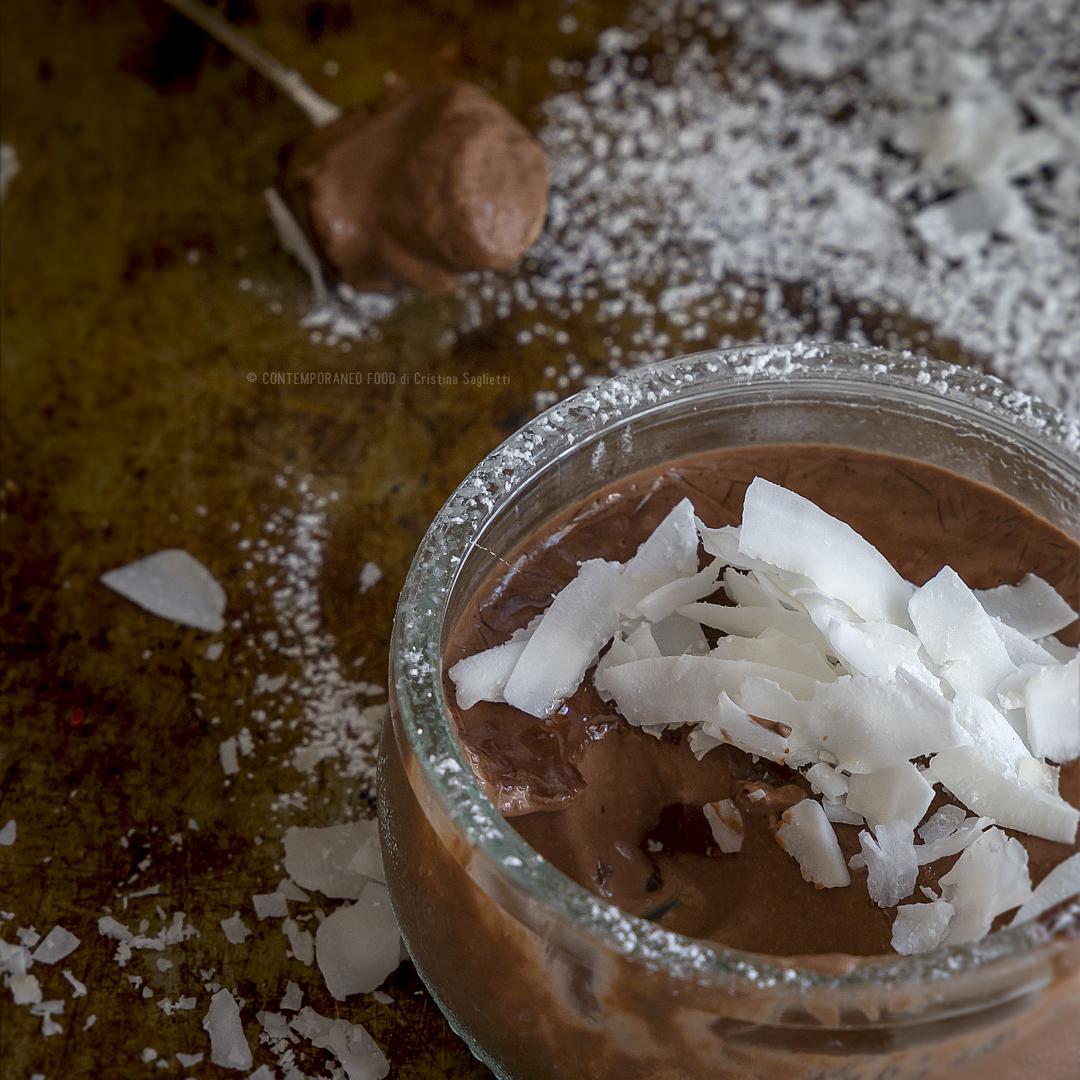 budino-di-cocco-e-cacao-con-latte-di-cocco-dolce-facile-veloce-estivo-contemporaneo-food